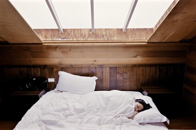 sleep-bed