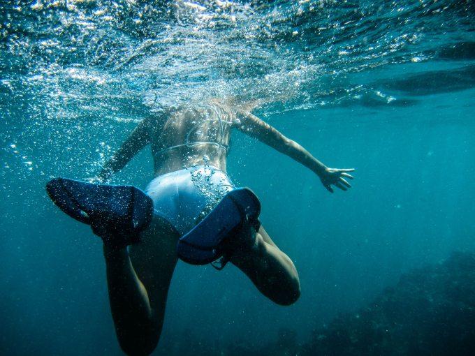 diving-person-salt-water-17844.jpg