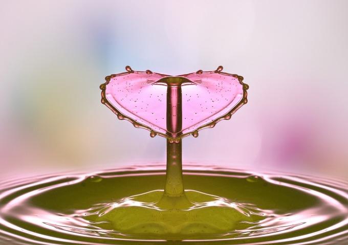 drop-of-water-2195585_1280